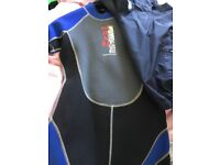 32 in chest short wetsuit and Gul nylon outer jacket JL