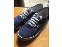 Girls/ladies vans shoes
