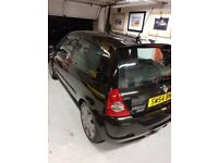 Clio 182 2004 both cup packs with recaros and scorpion exhaust