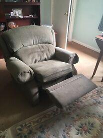 Arm chair recliner