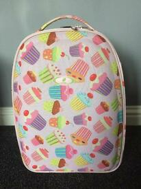 2 wheel cupcake small suitcase