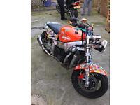 Kawasaki Zx7r Ninja street fighter / Bobber / rat bike