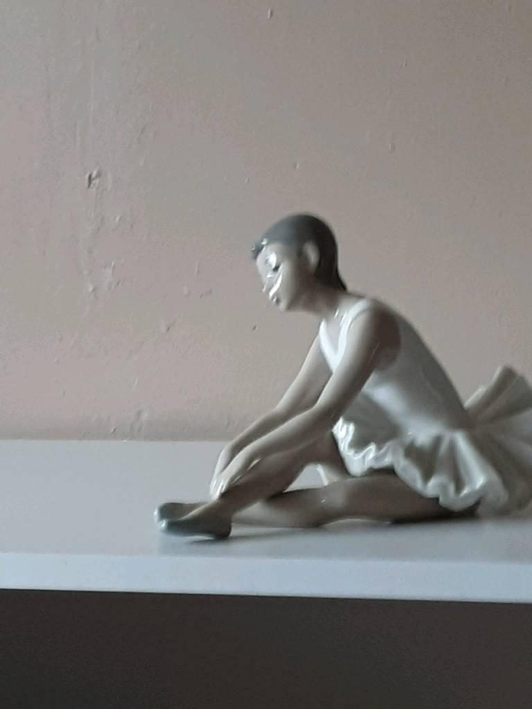 Nao ballerina