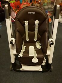 Compact highchair Peg Perego Siesta Cacao