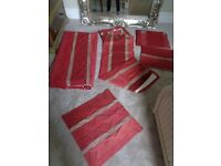 Eyelet curtains, metal curtain pole and matching bedding set
