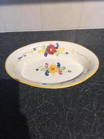 Oval pattern dish