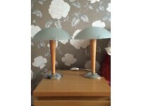 A pair of Bedside / table lamps. Excellent condition.