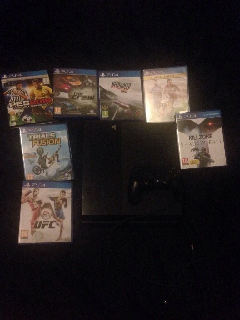 Ps4 for sale with 7 games £160