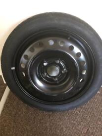 Vauxhall Insignia spare wheel, hydraulic jack and wheel brace