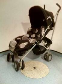 REDUCED! Chicco London Stroller Pushchair with Footmuff and Raincover