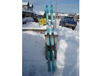 Straight skis