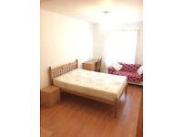 3 Bed Apartment, Private Block, Good Location!