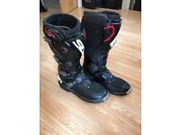 Motorcross boots SIDI Saber