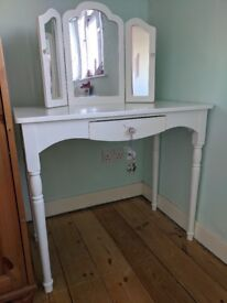 Great Little Trading Company - Dressing table for child