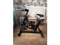 Excercise spinning bike
