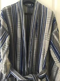 Men's bathrobe size M