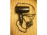 Curling tongs and hair dryer ex con