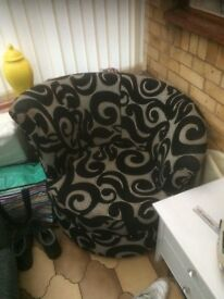 Black and grey swivel chair
