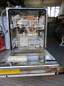 INTEGRATED DISHWASER - Need space so it has to go. Working sold as seen. Item in North Wales