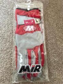 BRAND NEW- MIR K7 kart gloves- size large