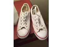 Converse shoes size 5.5
