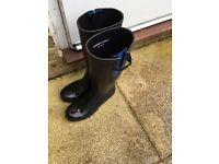 Harry Hall yard boot adult size 7