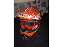 Thh motorbike helmet, size: Large