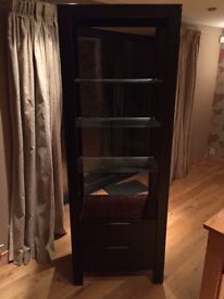 Display unit with drawers.