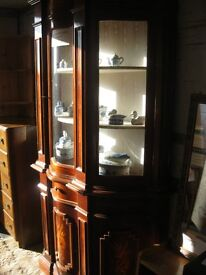 ORNATE 'SERPENTINE' GLAZED DRESSER DISPLAY CABINET.TOP DETACHABLE. VIEW/DELIVERY AVAILABLE