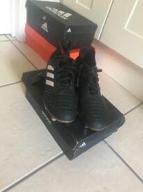 Size 5 Adidas Predator football boots