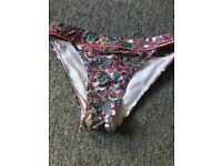 Size 8 Bikini bottoms for sale! Great condition