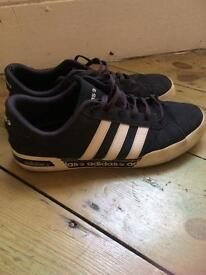 •* Adidas Neo Trainers size 9 •*10 BARGAIN ••