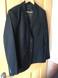 Men's Suit, worn once, and Broadband Router-fast £5 each