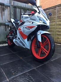 Yamaha Yzf R125 2011 £2000