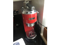 De'Longhi EC 680 Espresso Machine - Red (with box of expresso/ Gran Crema pods)