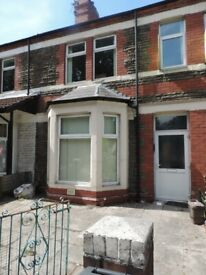 Allensbank Road, Heath- 5 Bedroom Terraced House. No FEES £150 deposit pp. Half Summer Rent