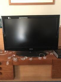 40' SAMSUNG Flatscreen Television