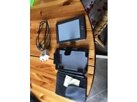 Kindle 4 with cover and charger