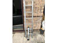 Wickes Youngman Professional 3 Way Aluminium Combination Ladder - Max Height 2.6m