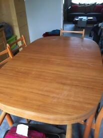Schreiber Dinning Table with Chairs