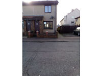 2 Bedroom house with garden and parking