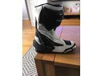 Richa size 9 boots
