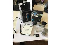 GoPro Hero 4 Black - 5 Batteries + 64GB Memory