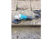 Makita 115mm /4.5 inch angle grinder