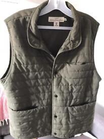 Men's medium size gilet/body warmer H&M