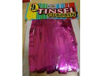 TINSEL CURTAIN - PINK - 9FT - NEW IN PACKAGING - FOR PARTIES OR STAGE SHOWS