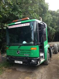 Mercedes Econic Starts and Drives.... great for export