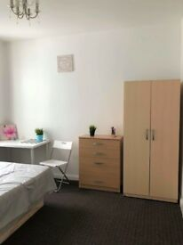 Double Room available in Leyton, Stratford