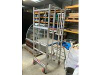 High pod podium scaffolding platform