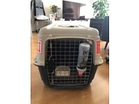 Pet Kennel/Crate (ideal for travelling)